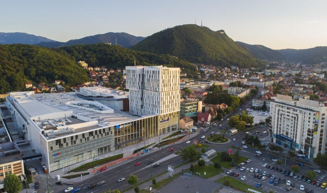 În 2020 au fost livrate trei malluri noi, în Brașov, Târgu Mureș și Târgoviște, dar oferta de spații noi va scădea considerabil în acest an