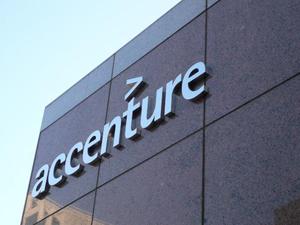 Accenture își extinde serviciile de Business Process în România prin inaugurarea unui nou centru în Brașov