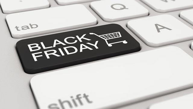 Magazinele online estimează o creştere medie de 40% a vânzărilor de Black Friday