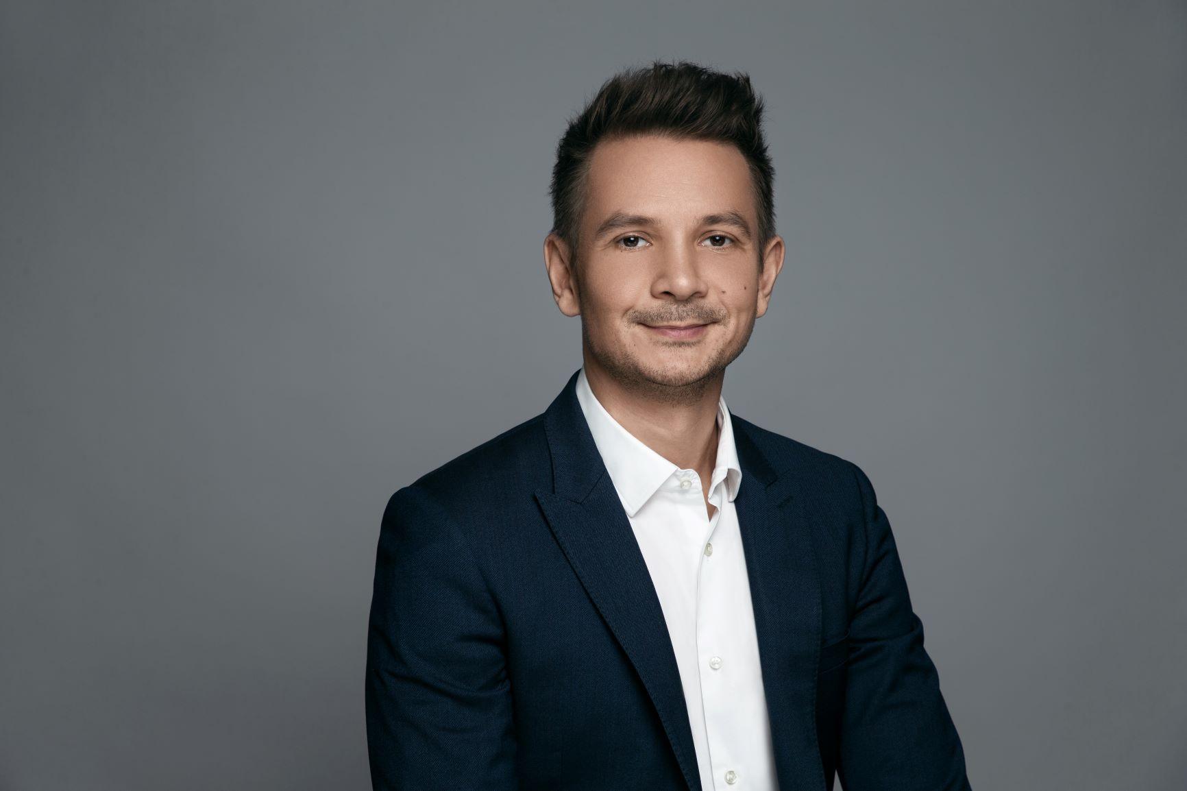 Cosmin Moldovan se alătură echipei OPPO în România