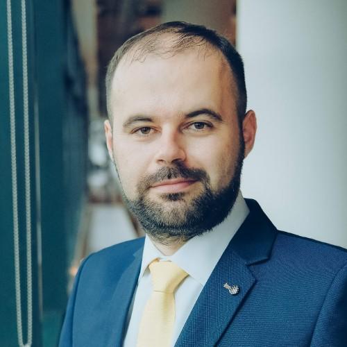 Cristian Popa (BNR): Şapte milioane de români aşteaptă să investească miliarde de euro în listările statului