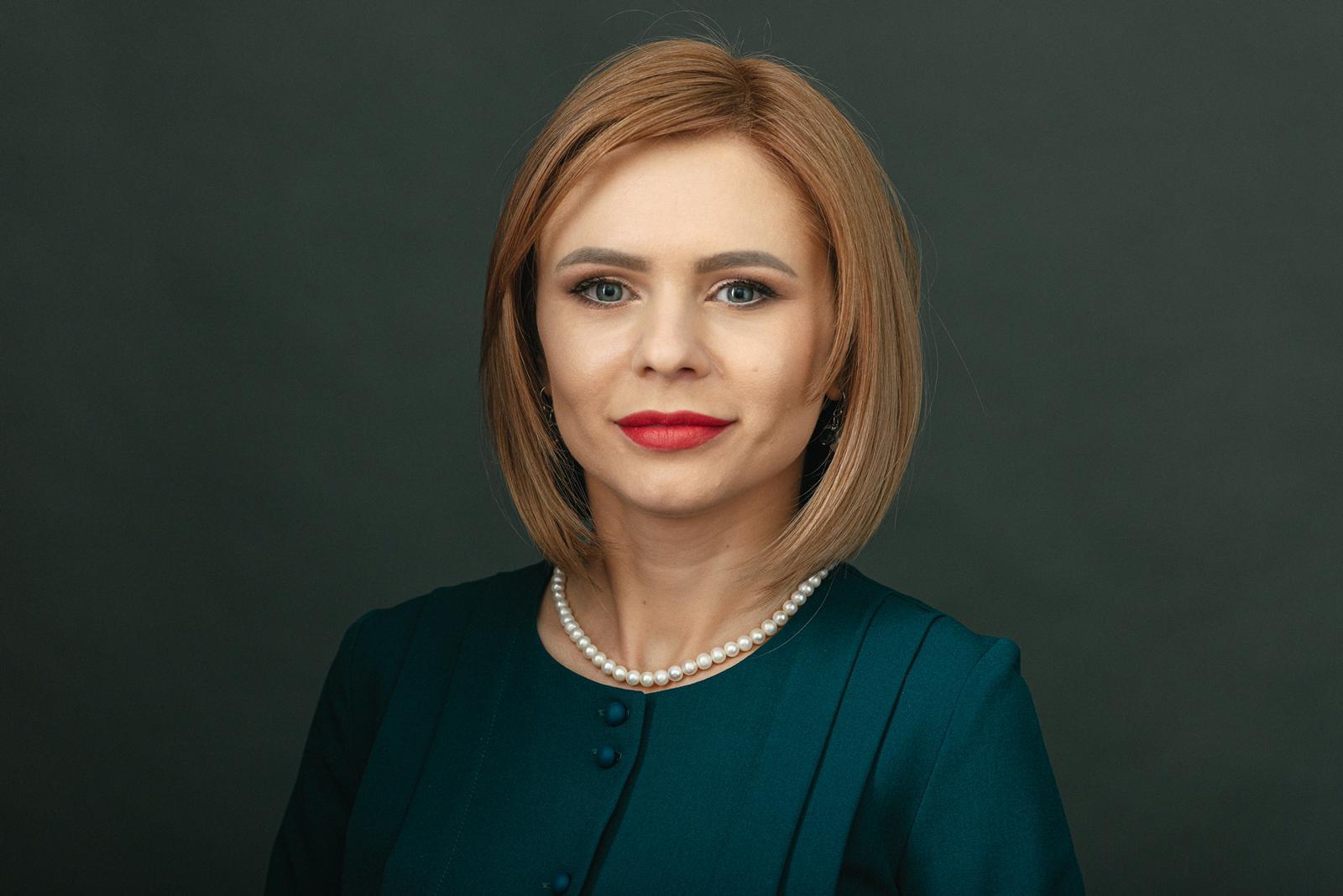 Daniela Șerban, Președinte și Cofondator ARIR, Fondator VERTIK: Meritocrația – ca o fată frumoasă