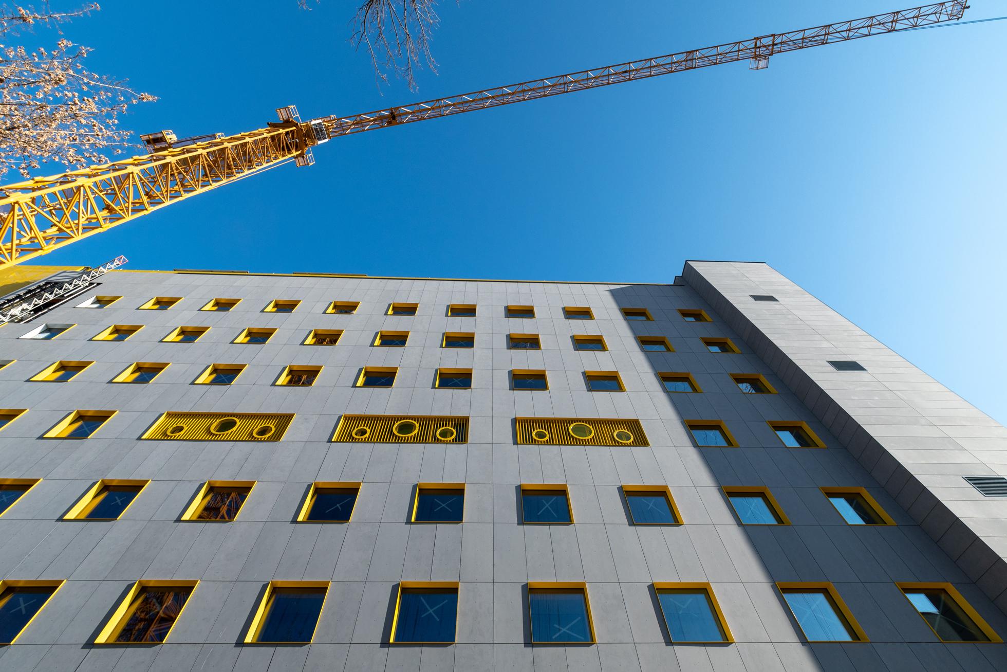 Esseract Architecture a depășit 500.000 mp de spitale și spații industriale proiectate
