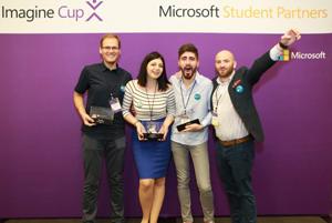 O echipă de studenți români a câștigat concursul internațional Microsoft Imagine Cup cu un dispozitiv medical inovator