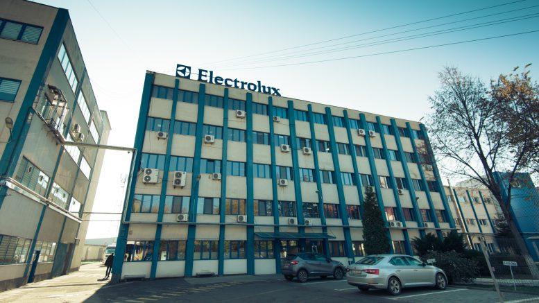 Electrolux închide fabrica de aragazuri de la Satu Mare