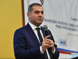 Florin Jianu: Pseudo-revoluţia fiscală a însemnat 3 lei creştere salarială, dar aritmetic vorbim despre scăderi