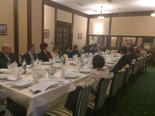 Profesioniștii în sănătate au participat la prima dezbatere despre tratamente și tehnologii inovatoare în medicină, la Iași