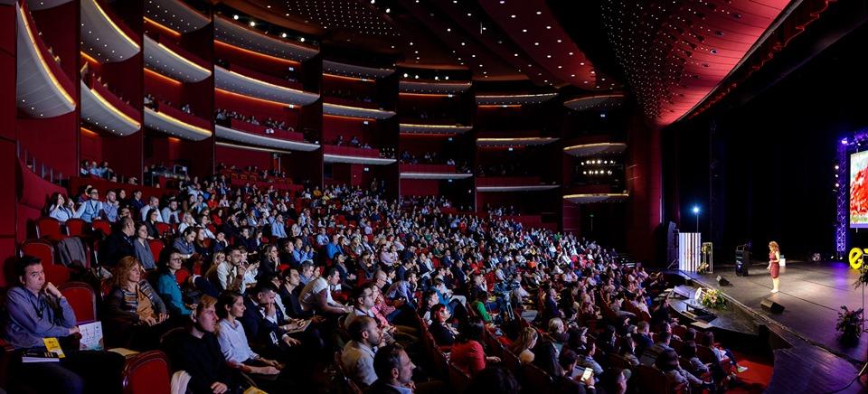 Lensa.ro a fost declarat Magazinul Anului la Gala Premiilor eCommerce