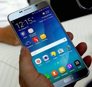 Samsung oprește vânzările și înlocuiește telefoanele Galaxy Note 7 vândute la nivel mondial