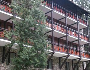 Hotelul Bradul din Poiana Braşov va fi renovat complet în acest an