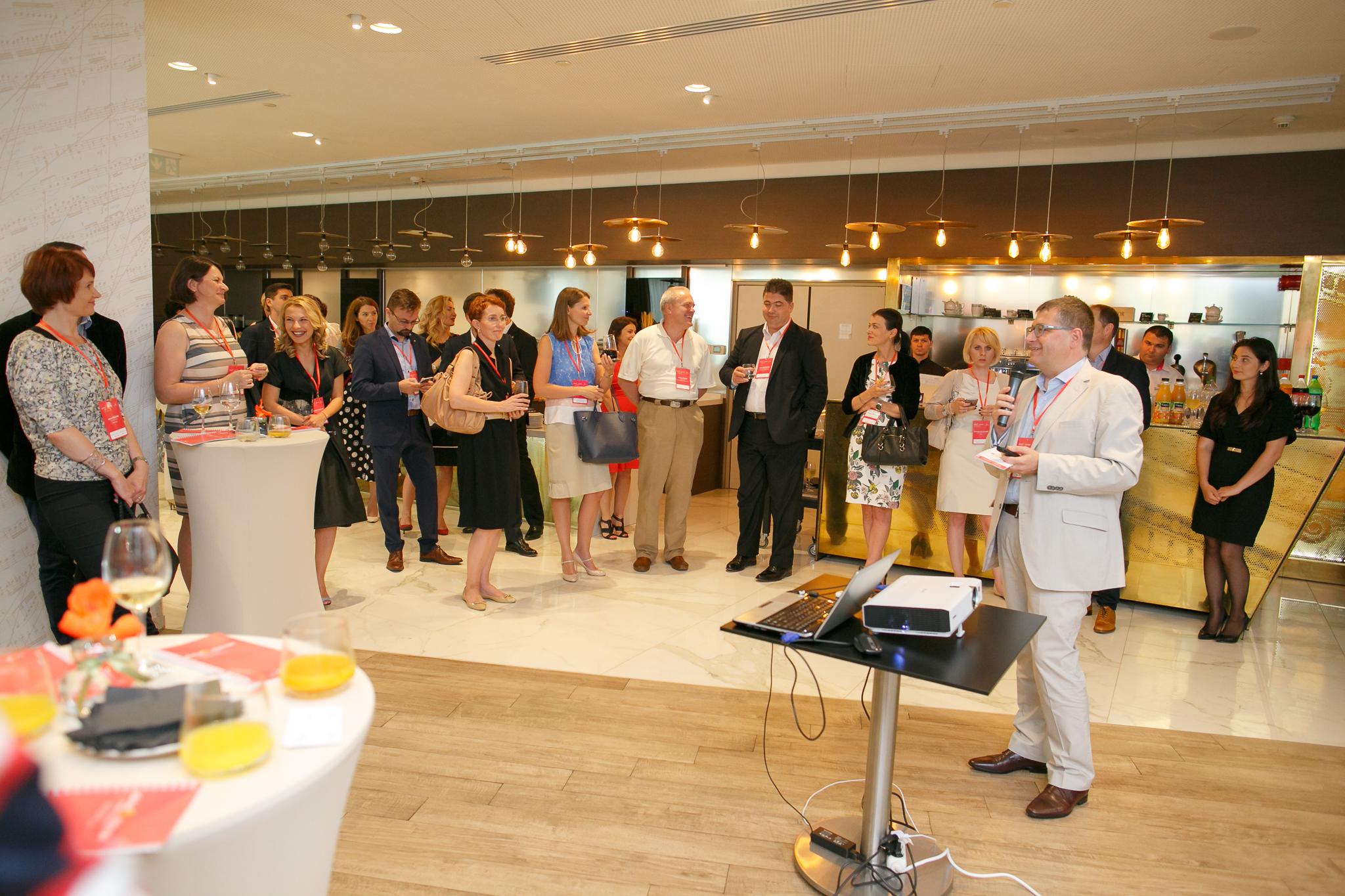 Comunitatea managerilor din industria farma s-a reunit la cocktailul Global Manager