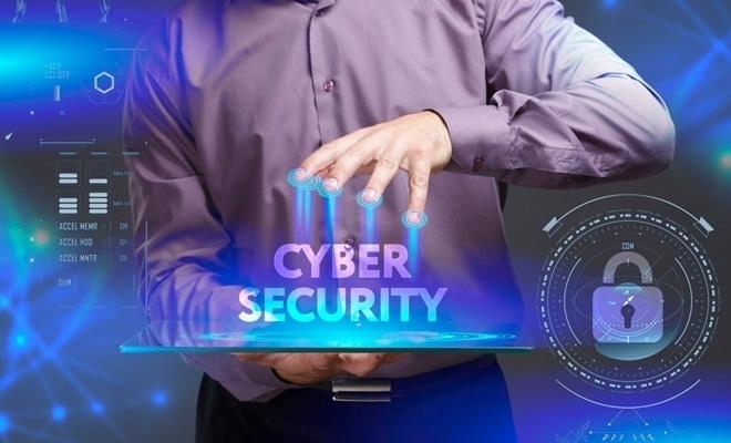 Implementarea telemuncii în pandemie a evidențiat probleme în ce privește apărarea cibernetică