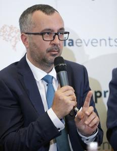 Liviu Popescu (ARPIM): Taxa clawback ar putea ajunge la 27% la anul; e posibil să asistăm la retrageri de medicamente de pe piaţă