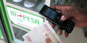 """MoneyGram şi Vodafone lansează un nou serviciu de transfer de bani """"cash către mobil"""""""