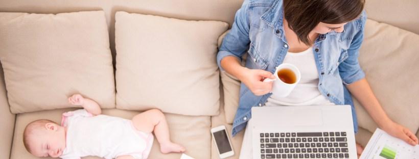 Cum prosperă afacerile mamelor din România online