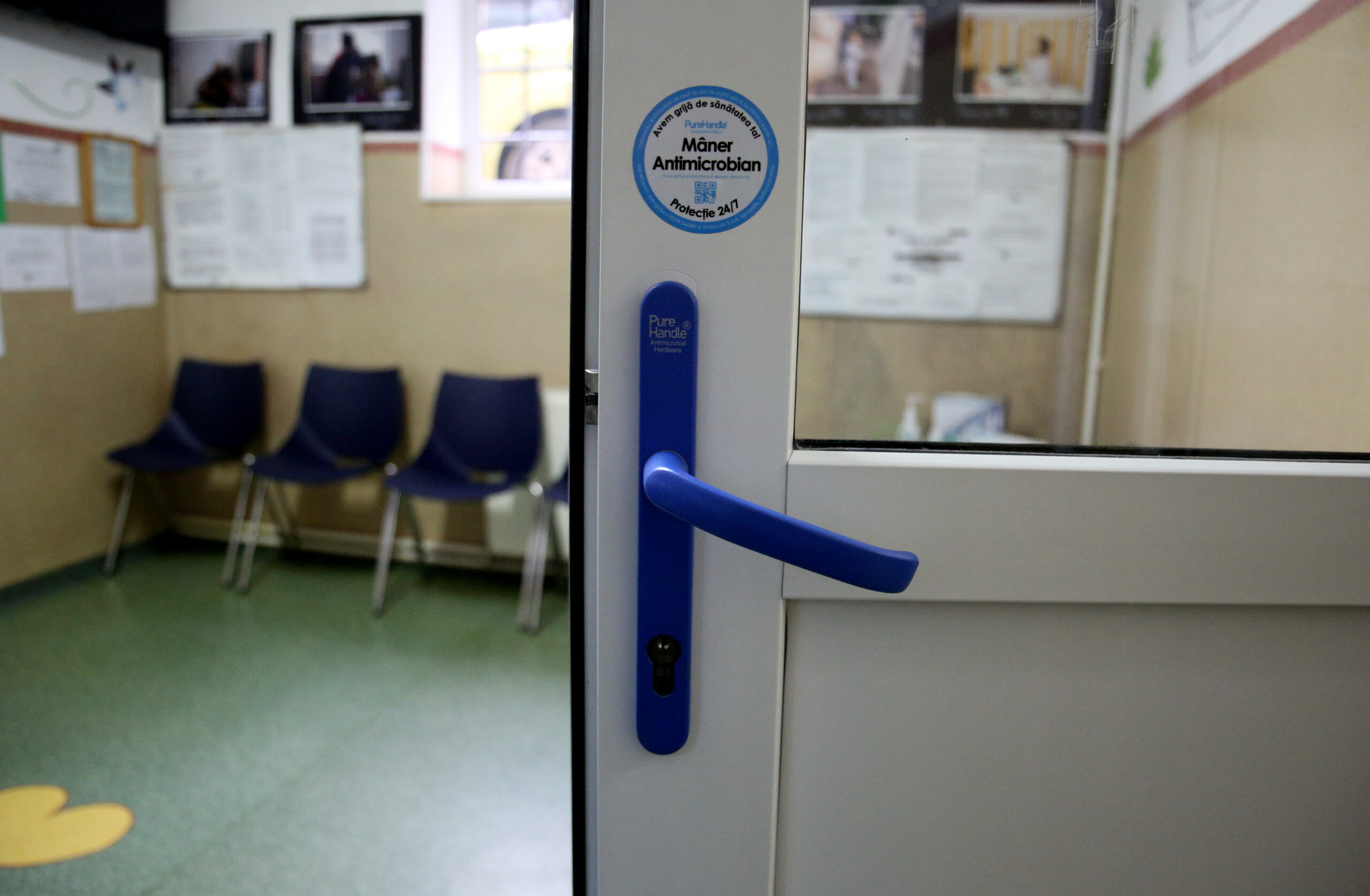 Termo Express a donat spitalelor din prima linie mânere antimicrobiene
