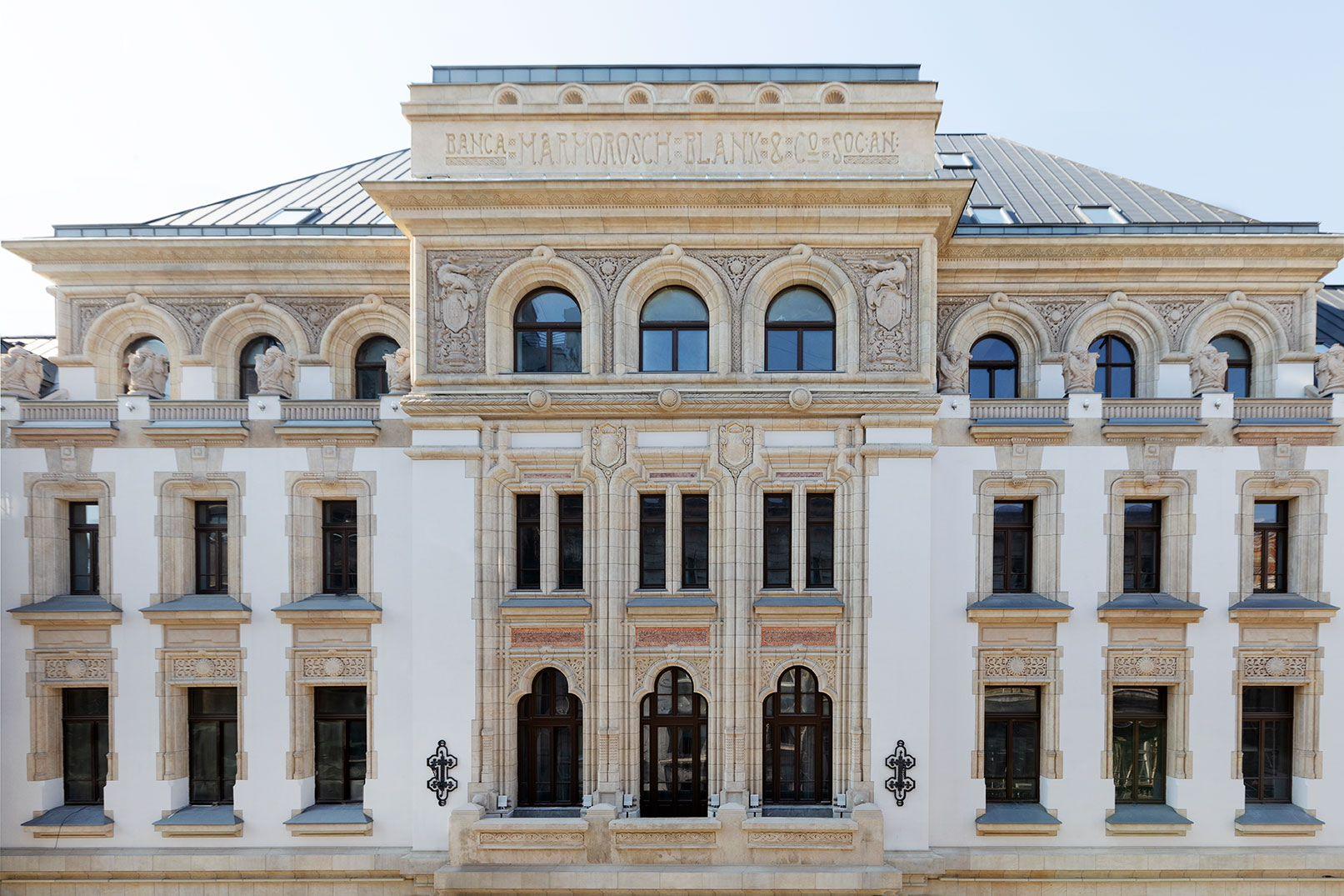 Fostul palat al Băncii Marmorosch-Blank din București devine hotel de lux