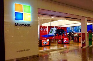 Microsoft îşi închide toate magazinele fizice