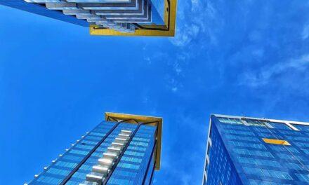 O companie de investiții controlată de Daniel Dines  a achiziționat 5% din acțiunile One United Properties