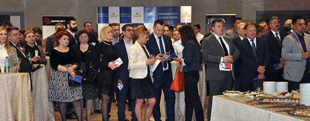 O nouă ediție a PremiumPeople Business Cocktail va avea loc pe 1 octombrie, la Hotel Crowne Plaza București