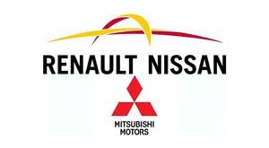 Nissan şi Renault amână planurile de fuziune pentru a-şi repara alianţa