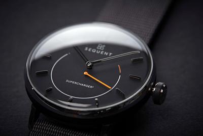 Primul ceas smart automat hibrid care se încarcă singur, cu funcție de monitorizare a frecvenței cardiace