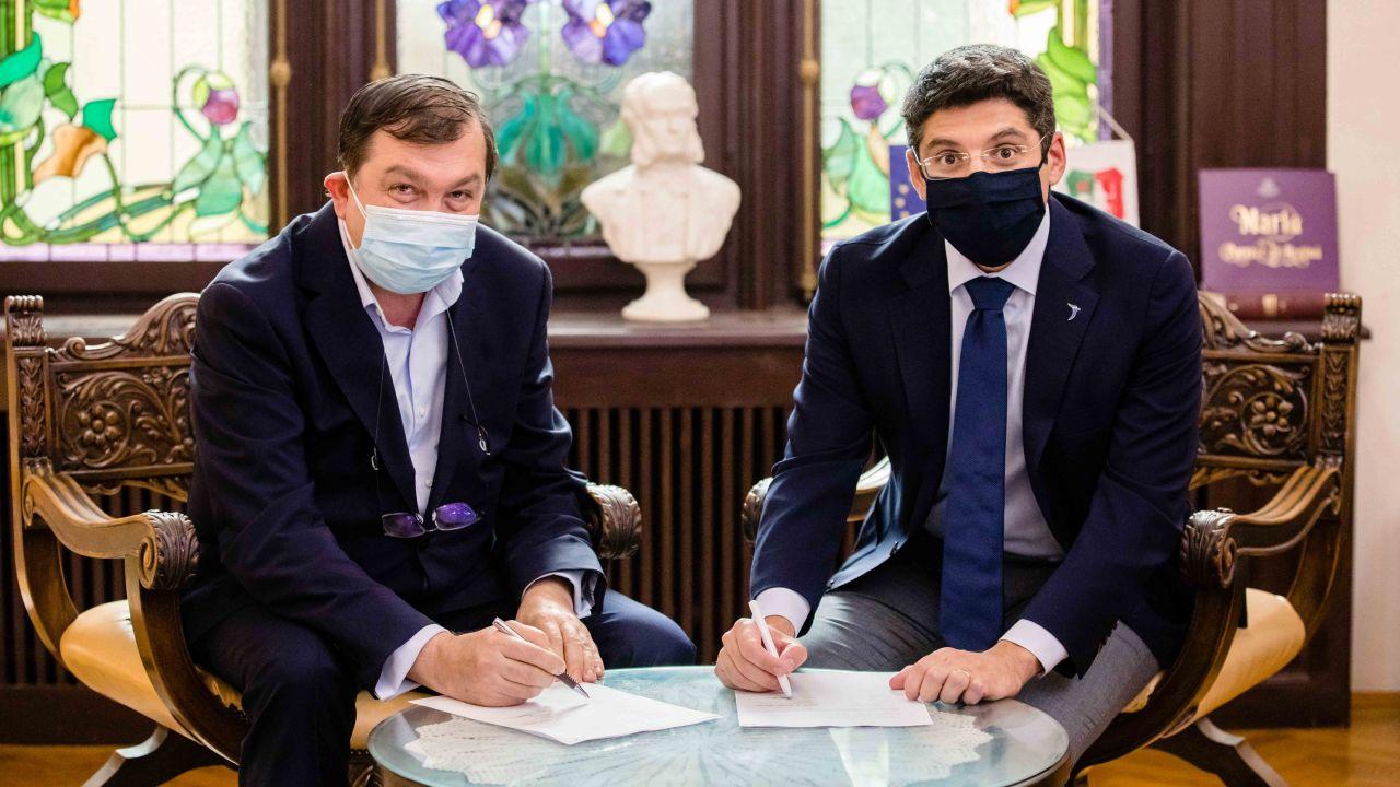 """Johnson & Johnson România și Universitatea de Medicină și Farmacie """"Carol Davila"""" din București (UMFCD) anunță semnarea unui parteneriat în domeniul e-Health"""