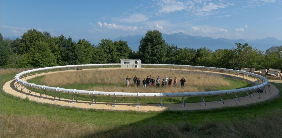 Startup-ul românesc Swisspod lansează prima instalație de testare a unui sistem de transport Hyperloop infinit