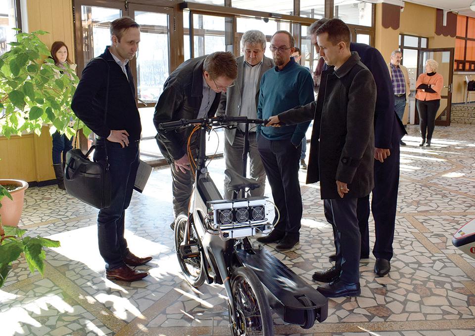 TUIASI vrea să realizeze alături de Volkswagen, Toyota și Daewoo un centru de cercetare a combustibilului viitorului: hidrogenul
