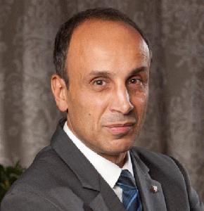 Wargha Enayati a devenit acţionar majoritar la Intermedicas