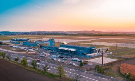 Primăria Oradea şi CJ Bihor vor înfiinţa o companie aeriană proprie