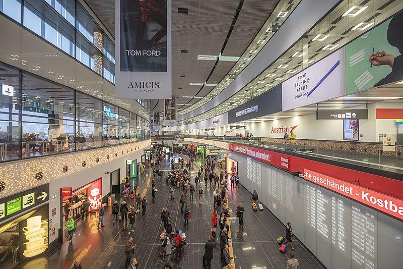 Primul aeroport care efectuează contra cost teste de COVID-19 pentru pasagerii ce doresc să evite carantina