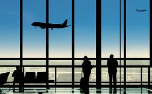 Destrămarea spațiului Schengen ar provoca aglomerații pe aeroporturi și costuri de milioane de euro pentru reconfigurarea terminalelor