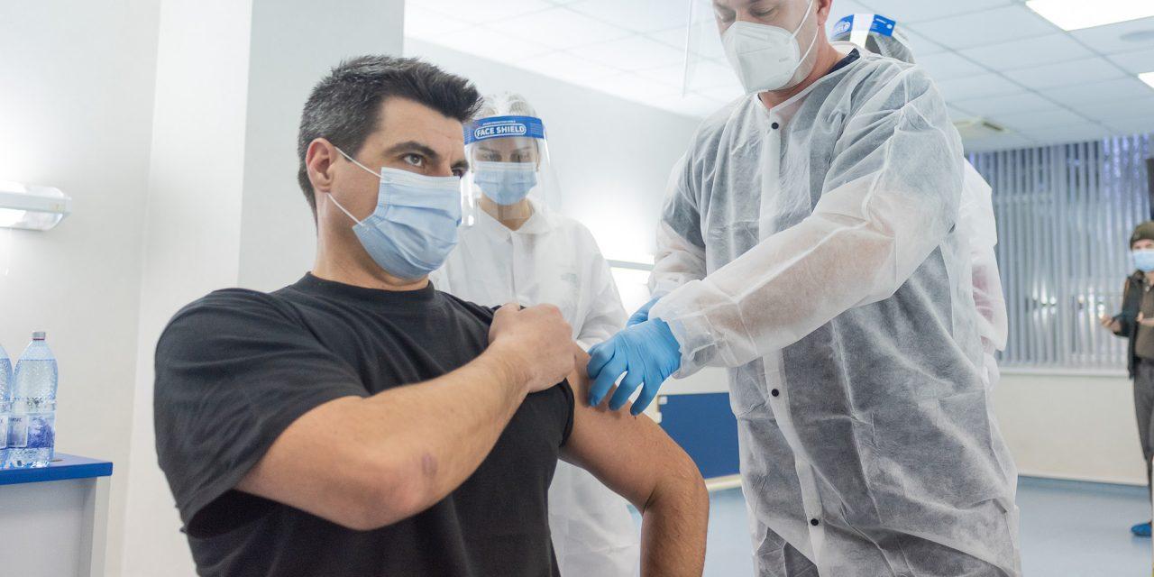 Antibiotice Iași: Nicio reacție adversă! Nici o doză de vaccin pierdută!