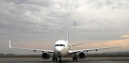 Românii călătoresc cu avionul în medie de 2 ori pe an, similar turcilor și ungurilor