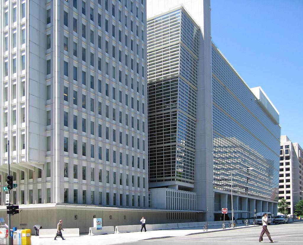 Banca Mondială şi-a revizuit, în jos, estimările privind redresarea economiei româneşti în 2021