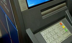 Aproape fiecare bancomat din lume ar putea fi accesat fraudulos