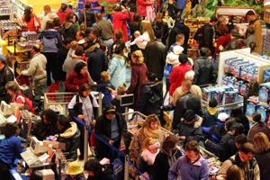 Românii au cheltuit peste 1,2 miliarde de lei în Black Weekend