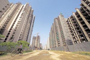 Piaţa imobiliară ar putea arunca Europa într-o nouă criză, susţine un oficial de la BCE