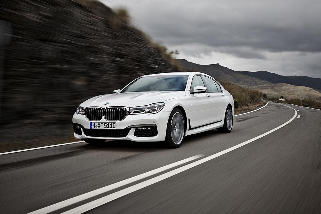 Noul BMW Seria 7, lux modern redefinit prin inovaţii fără precedent