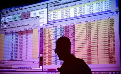 Banca Transilvania, Transgaz şi OMV Petrom, cele mai tranzacţionate acţiuni ale lunii noiembrie