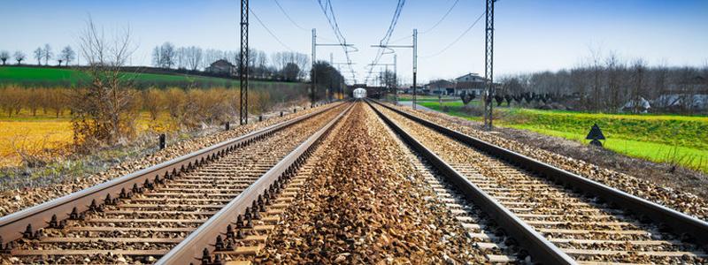 Ministrul Transporturilor anunţă semnarea contractului pentru 20 de trenuri inter-regionale