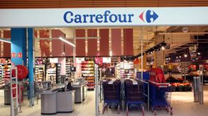 Carrefour România asigură alimente pentru spitalele din ţară aflate în prima linie în lupta cu Covid-19
