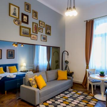 Peste jumătate dintre hotelieri îşi propun să atragă turiştii cu promoţii şi oferte speciale