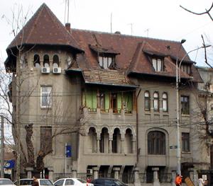 Din lipsă de spaţiu disponibil în centrul Capitalei, investitorii imobiliari ţintesc modernizarea clădirilor istorice