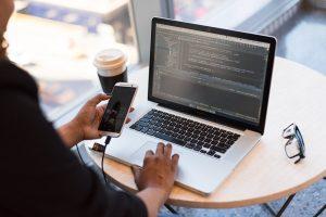 Ce pot învăța marketerii de la hoții cibernetici