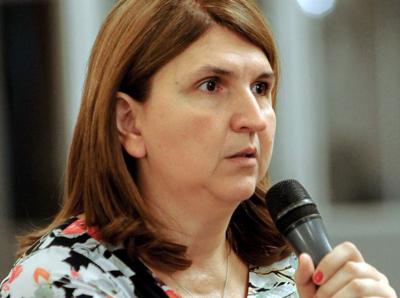 Corina Popescu (Electrica): Urmărim să investim în centrale pe gaze, pentru a ne echilibra producţia de energie regenerabilă