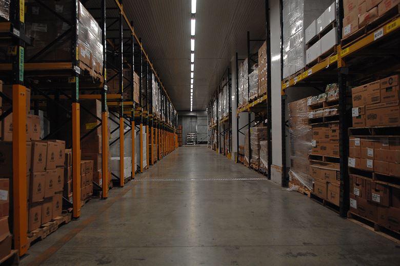 Europa caută cu disperare spaţii frigorifice în care să îşi stocheze surplusul de alimente