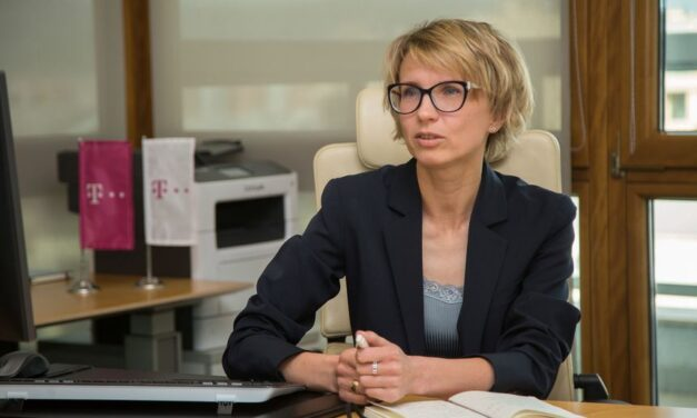 Dina Tsybulskaya va fi noul director executiv al Telekom Romania Mobile Communications