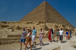 Agenţia Christian Tour reintroduce vacanţele charter către Egipt